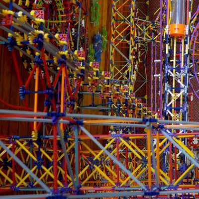 The World's Largest K'Nex Ball Machine Features Over 100,000 Pieces (And a Set of Very Sore Fingers, We'd Imagine)