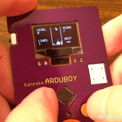 Holy Cow: Tech Designer Whips Up a Business Card That You Can Use to Play Tetris!