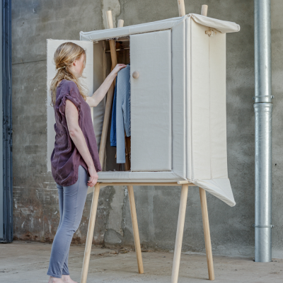 Pop-Up Linen: The Magical Wardrobe That Disappears When You Want It To