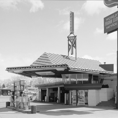 A Beautiful, Impractical, Expensive Frank-Lloyd-Wright-Designed 1927 Gas Station Finally Gets Built