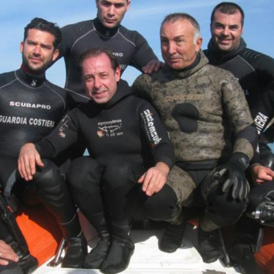 Happy Friday: Divers Found A Mythical Metal From Atlantis