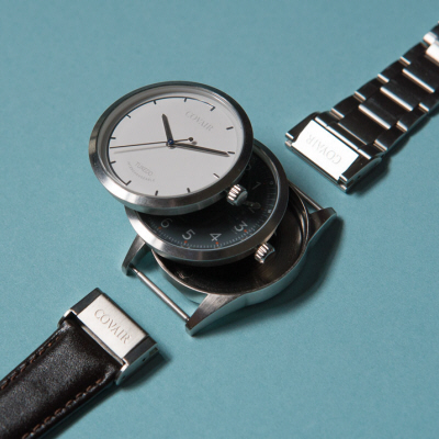 A Watch with Interchangeable Drop-In Faces and a More Ergonomic Way to Change Straps