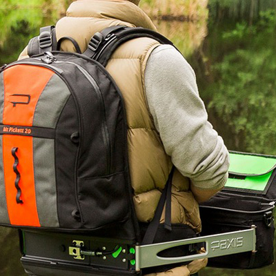 Awesome Swing-Arm Design Alleviates a Major Ergonomic Flaw of Backpacks