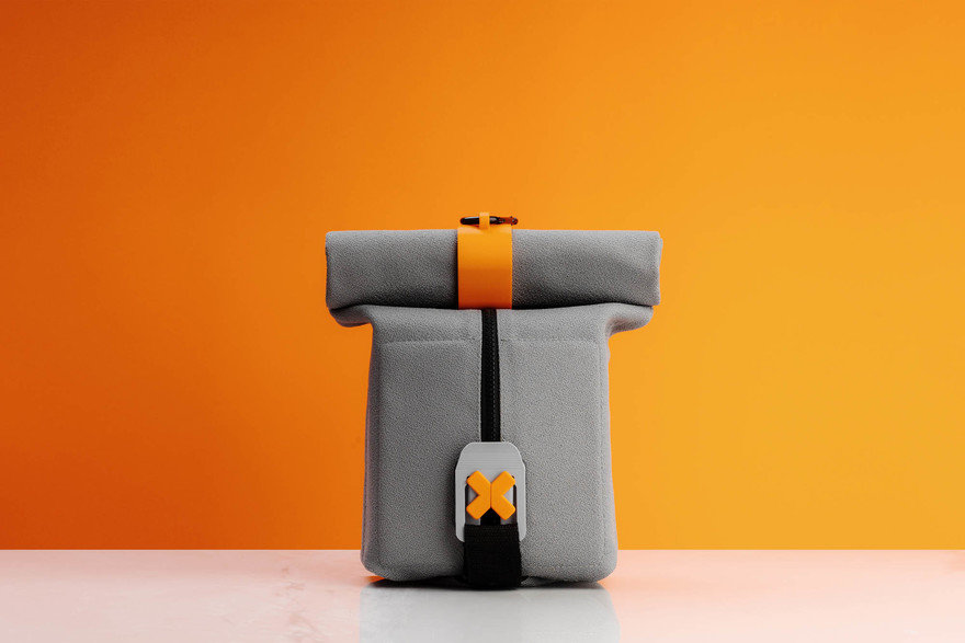 Reader Submitted: FoldEat - A lunchbox that unfolds into an eating mat.